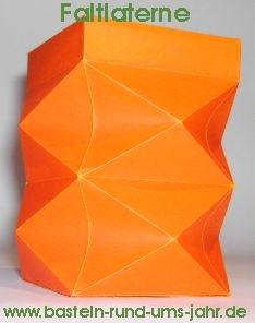motivvorlage faltlaterne basteln rund ums jahr. Black Bedroom Furniture Sets. Home Design Ideas