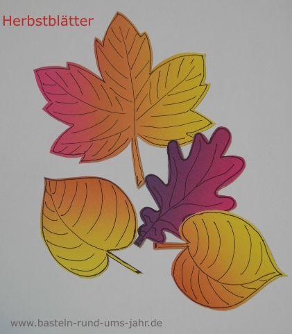 Herbstblätter aus Regenbogen-Tonpapier – Basteln rund ums Jahr