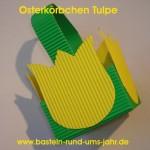 Osterkörbchen mit Tulpe aus gelber und grüner Wellpappe als Alternative