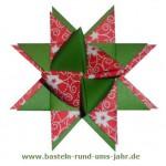 Fröbelstern aus weihnachtlichen Farben grün und rot