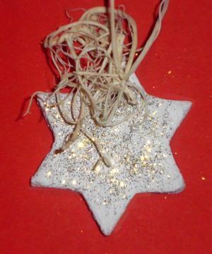 Weihnachtsanhaenger Salzteig Stern 1