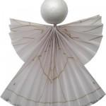 Engel aus Transparentpapier falten