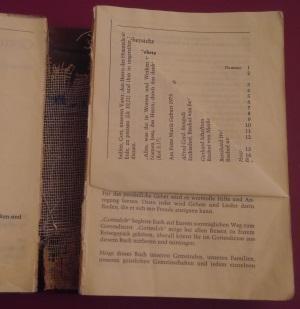 Doppelkegel aus Gesangbuchseiten des Gotteslob