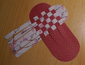 Herz Körbchen flechten 10