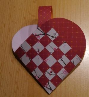 Herz Körbchen flechten 16