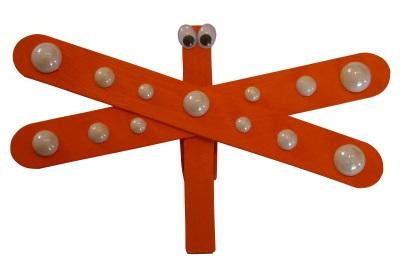 Libelle mit Holzwäscheklammer basteln