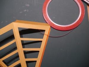 Streifenstern, Veneziastern, Anleitung, doppelseitiges Klebeband anbringen