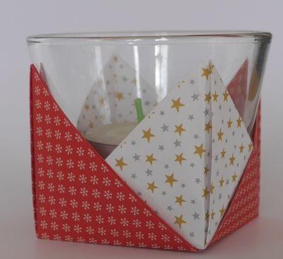 basteln rund ums jahr origami teelichthalter falten. Black Bedroom Furniture Sets. Home Design Ideas