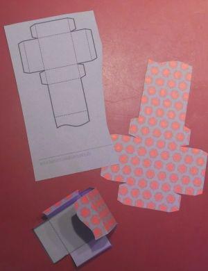 adventskalender basteln kostenlose vorlage zum ausdrucken basteln rund ums jahr. Black Bedroom Furniture Sets. Home Design Ideas