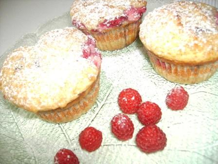 Himbeer Frischkäse Muffins – einfach lecker!