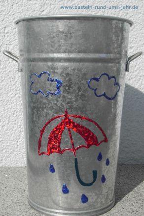 Schirmständer ein nützliches Dekoelement im Herbst