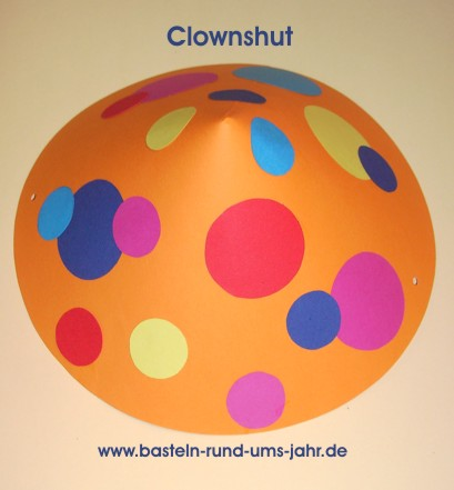 Clown Hut aus buntem Tonpapier