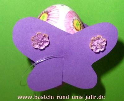 Osterdekoration Osterei mit Schmetterling