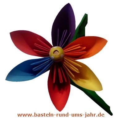Bunte Blume aus Papier basteln