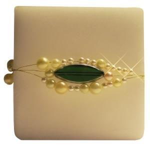 Kerze mit Perlen und Draht als Geburtstagsgeschenk