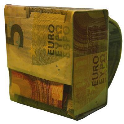 Geldscheine zum Schulranzen falten – so einfach entsteht ein Geldgeschenk zur Einschulung